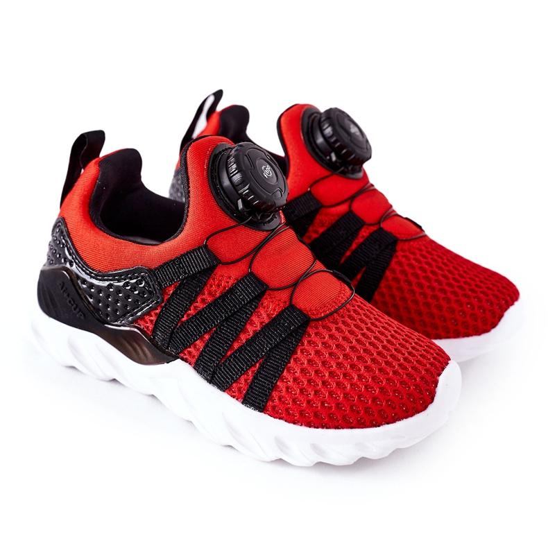 Calçados infantis esportivos com botão vermelho ABCKIDS preto