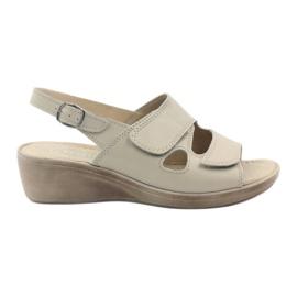 Marrom Gregors 592 sandálias das mulheres bege