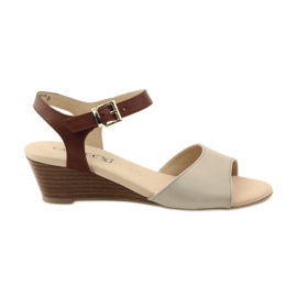 Sandálias de couro Caprice para mulher 28213 marrom