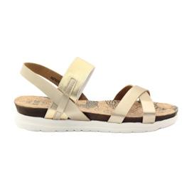 Amarelo Sandálias das mulheres Big Star 274370