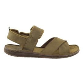 Riko sandálias esportivas 852 marrom