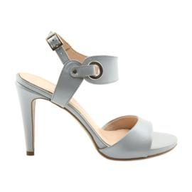 Sandálias de couro em um alfinete Edeo 3208 cinza