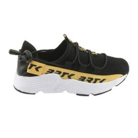 Tênis esportivos Bartek preto 55109 inserção de couro