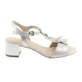 Sandálias confortáveis em prata Caprice cinza