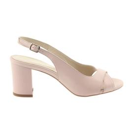 -de-rosa Sandálias das mulheres no post Badura 4728 pó rosa