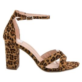 Ideal Shoes marrom Sandálias no bar