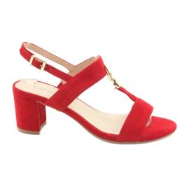 Sandálias no post vermelho Caprice 28303