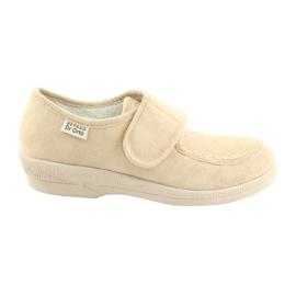 Sapatos femininos Befado pu 984D011 marrom