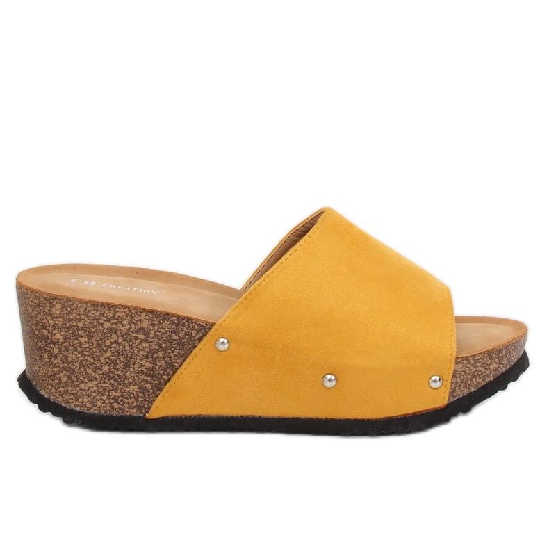 Chinelos de cunha amarela GU56 amarelos