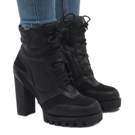 Vices Botas pretas no post 9132-1 preto