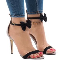 Sandálias de camurça preta de salto alto proa J 23 preto