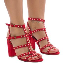 Sandálias vermelhas no post 168-163 vermelho
