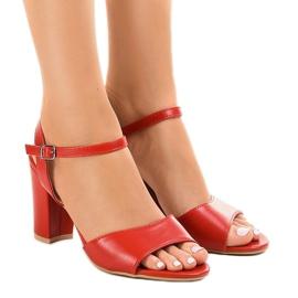 Sandálias vermelhas no post expostos FZ583 vermelho