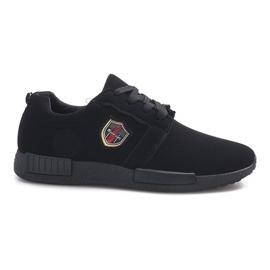 Adamo preto calçado desportivo