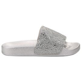 Evento cinza Mulheres de prata chinelos
