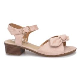 Marrom Noemia sandálias de salto alto