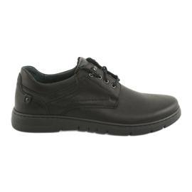 Sapatos amarrados Riko 902 para homem preto