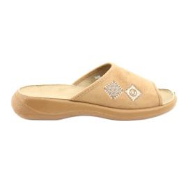 Sapatos femininos Befado pu 442D186 marrom