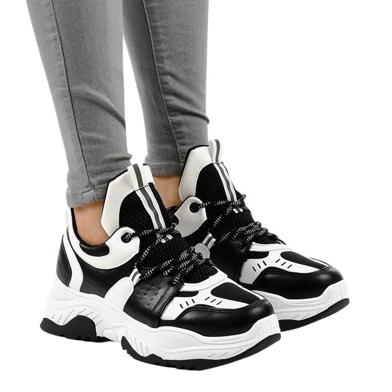 Tênis preto e branco para mulher CB-136