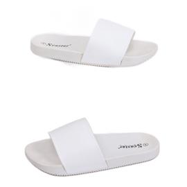 Chinelos femininos brancos CK79P Branco