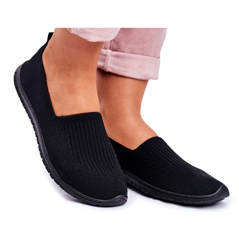 NEWS As sapatilhas pretas de deslizamento das mulheres de Kaontre preto