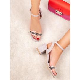 Ideal Shoes Sandálias de camurça elegantes cinza 6