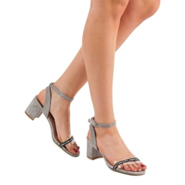 Ideal Shoes Sandálias de camurça elegantes cinza 1