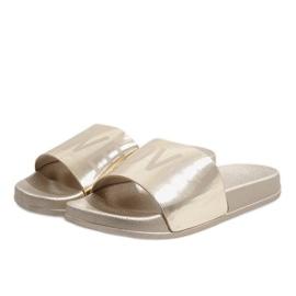 Love 812A chinelos dourados 1