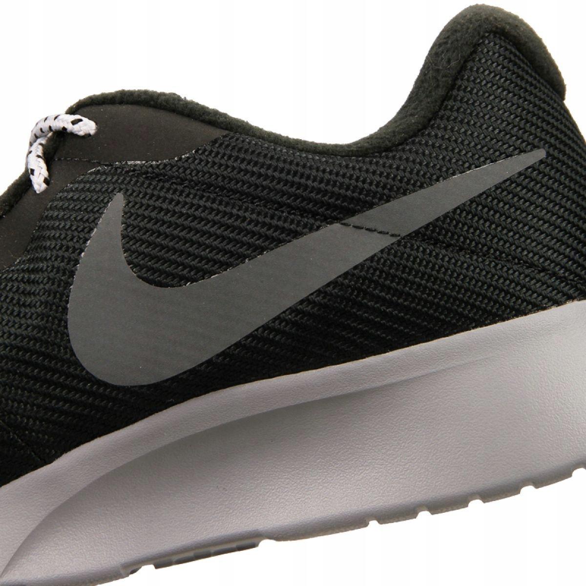 Sapatilhas Nike Tanjun Se M AR1941 005 preto