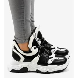 Tênis preto e branco para mulher CB-136 3