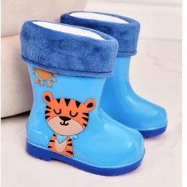 Galochas infantis com isolamento azul e um tigre 2