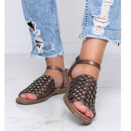 Sandálias metálicas marrons com tachas Luxy marrom 1