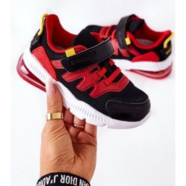 Calçado desportivo infantil com Velcro ABCKIDS Preto-Vermelho 6