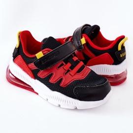 Calçado desportivo infantil com Velcro ABCKIDS Preto-Vermelho 1