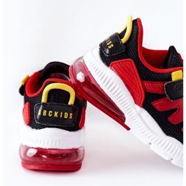 Calçado desportivo infantil com Velcro ABCKIDS Preto-Vermelho 5