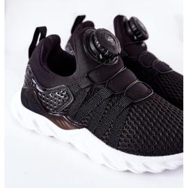 Calçado desportivo infantil com botão ABCKIDS preto 7