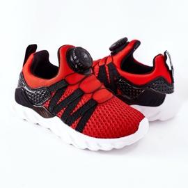 Calçados infantis esportivos com botão vermelho ABCKIDS preto 5